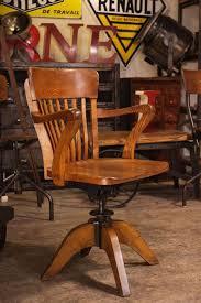 fauteuil de bureau toulouse les 25 meilleures idées de la catégorie fauteuil jacobsen sur