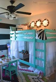 Little Girls Bunk Bed by Best 10 Bunk Bed Tent Ideas On Pinterest Bunk Bed Canopies