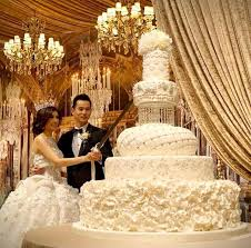 wedding cake top top 13 most beautiful wedding cakes deer pearl flowers