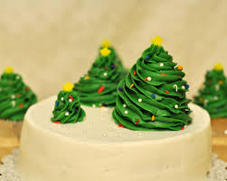 Christmas Tree Decorating Ideas Pictures 2011 Beki Cook U0027s Cake Blog Simple Christmas Cake
