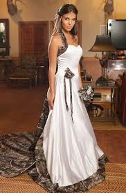 tips for wearing camo wedding dresses 24 dressi