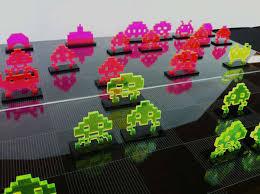 Futuristic Chess Set Futuristic 8 Bit Board Games Space Invaders Chess