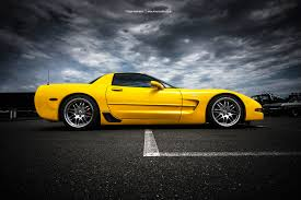 yellow corvette c5 corvette c5 side by americanmuscle on deviantart