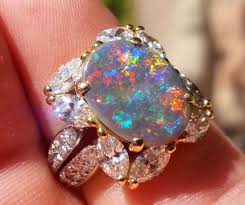 Opal Wedding Rings by Opal Wedding Rings Buying Guide
