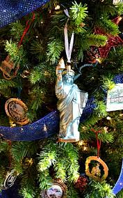 White House Christmas Ornament - patriotic themed christmas tree idea miss information
