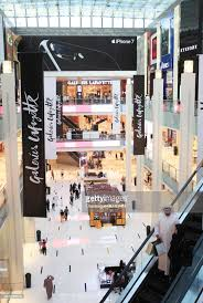 galeries lafayette siege dubaï pictures getty images