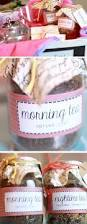 Mother S Day Basket 16 Diy Mothers Day Gift Basket Ideas For2017 Blupla