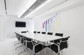 Cool Meeting Table Deluxe White Scheme Conference Room Features Duper Cool