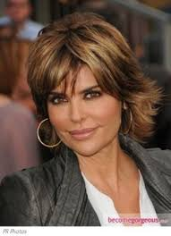 does lisa rinna have fine hair like this style and i think it would work with fine hair