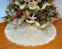 snow white warm white tree skirt white