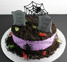 Cake Halloween Decorations Watch Me Decorate A Graveyard Cake Youtube