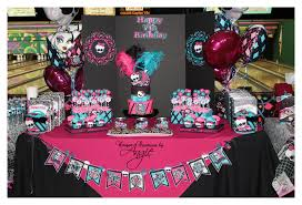 monster high table and chair set monster high l comforter set for girls what fun idea that bedroom