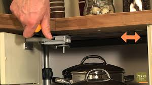 reglage porte de cuisine eggo régler la façade de meuble tourniquet