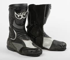 used motorcycle boots used review berik gpx boots visordown