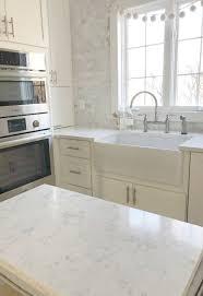 best quartz color for white kitchen cabinets how to choose the right white quartz for kitchen countertops