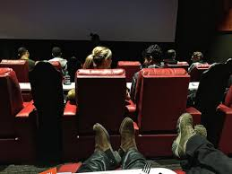 Amc Reclining Seats 10 Reasons Why The New Amc Dine In Theatres Block 37 Is A Perfect
