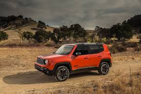 orange jeep jeep renegade speaks italian tackles trails