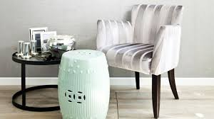 chaise pour chambre à coucher grand choix de fauteuils ventes privées westwing