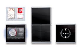 steckdosen design corlo touch neue schalter und steckdosen für preisgekröntes knx
