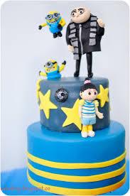 despicable me cake topper despicable me 2 cakes photos cakebug despicable me cake