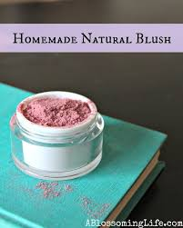 easy diy cosmetics recipes you should try