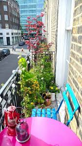 Apartment Patio Decorating Ideas by Best 25 Apartment Balcony Decorating Ideas On Pinterest Balcony