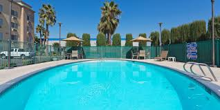 holiday inn express bakersfield hotel by ihg