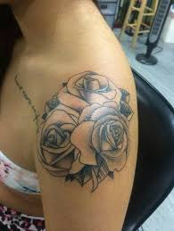 the 25 best rose shoulder tattoos ideas on pinterest shoulder