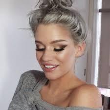 coupe cheveux gris les cheveux gris la grosse tendance de l ée 2016 coiffure