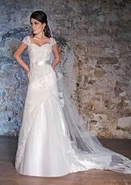 l empire du mariage modele marque divina sposa boutique empire du mariage ste