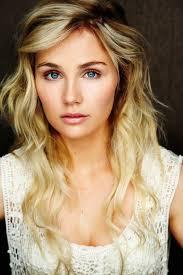 hairstyles from nashville series australian born clare bowen of tv series nashville plays the