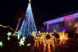 Home Design For Christmas Outdoor Christmas Decorations Decoholic For The Entrance Idolza