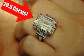 Kim K Wedding Ring by Photo Details Kim Kardashian U0027s 20 5 Carat Engagement Ring Racked