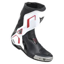 Choosing The Best Dainese Torque Out Air D1 Mens Motorcycle Boots