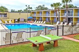Two Bedroom Suites In Orlando Near Disney Kissimmee Florida Kid Friendly Hotels Near Disney World Family