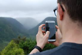 android user it s not that easy to track the user location on android
