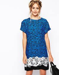 minkpink tiger night t shirt dress with print hem in blue lyst