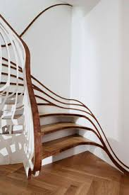treppen selbst bauen geländer selber bauen eigenartige treppengeländer aus holz