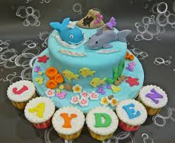 whale cake topper jenn cupcakes muffins shark and whale cake