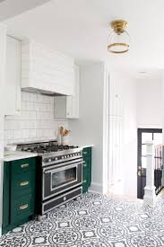 modern kitchen tile ideas 126 best decorative kitchen tile images on pinterest