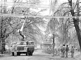 city water light and power frozen the easter weekend ice storm of 1978 the visual journal