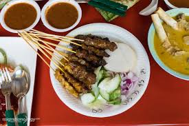 Singapore Food Guide 25 Must Eat Dishes U0026 Where To Try Them Eating The Famous Adam Road Nasi Lemak In Singapore