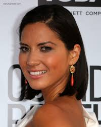 hair under ears cut hair olivia munn sleek above the shoulders and behind the ears hairstyle