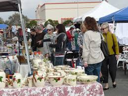 Furniture Stores In Los Angeles Downtown Best Flea Markets In Los Angeles Cbs Los Angeles