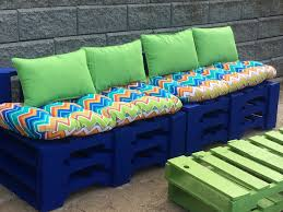 Pallet Patio Furniture Cushions by Diy Patio Furniture Pallets