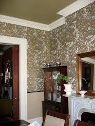 Wallpaper In Dining Room by Wallpaper And Rug In Dining Room Townhouse Turnaround