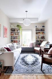 house design rules of thumb house tour 3 college students share a cozy apartment house