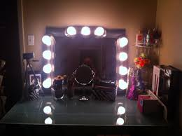 glass top bedroom makeup vanity table with lighted mirror set