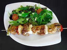 cuisine asiatique facile brochettes aux 2 viandes la recette facile par toqués 2 cuisine