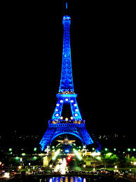 Beautiful Eiffel Tower by Eiffel Tower Beautiful Blue Lighting At Night Brazilianlook